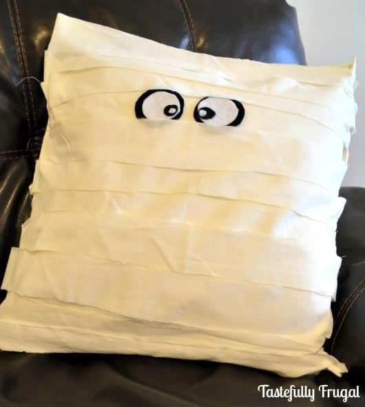 No Sew Knock-Off Pottery Barn Mummy Pillow