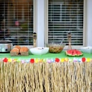 End of Summer Luau {AND Treasure Hunt}