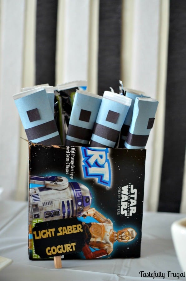 Star Wars Movie Party: Easy & Budget Friendly | Tastefully Frugal ad #AwakenYourTastebuds #CollectiveBias