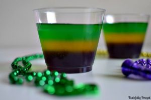 Mardi Gras Jello Treat: An easy, non-alcoholic treat to celebrate Fat Tuesday | Tastefully Frugal