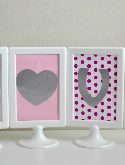 Reversible Valentine's Day / St. Patrick's Day Sign | Tastefully Frugal