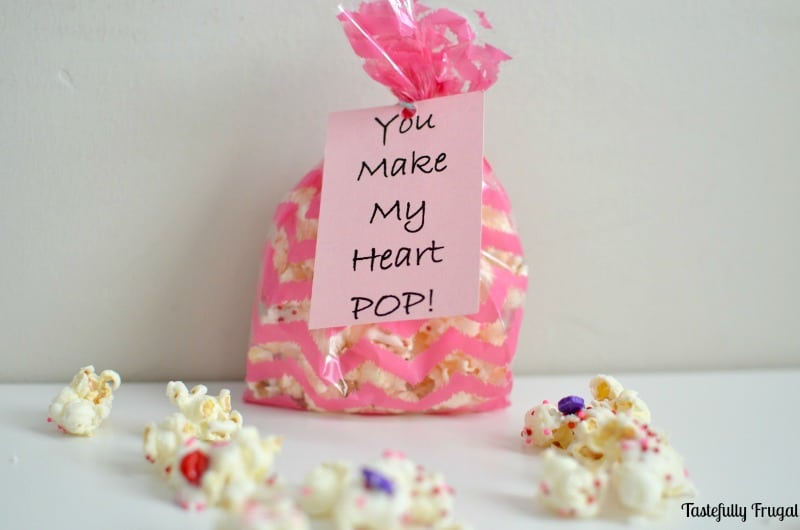 You Make My Heart POP Valentine: A fun and easy Valentine treat perfect for large groups | Tastefully Frugal