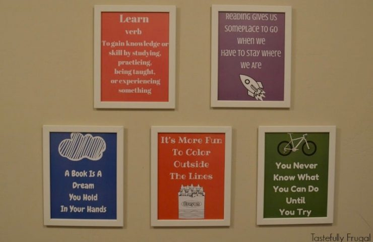Homeschool Gallery Wall {and 5 FREE Printables}