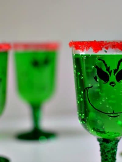 DIY Grinch Party Glasses: Easy to make (and affordable) cups for any holiday party!