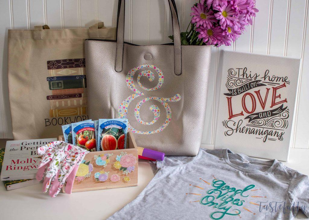 5 Quick, Easy & Affordable Mother's Day Gift Ideas w/ Cricut Iron On Designs #ad #cricutmade #Cricutironondesigns