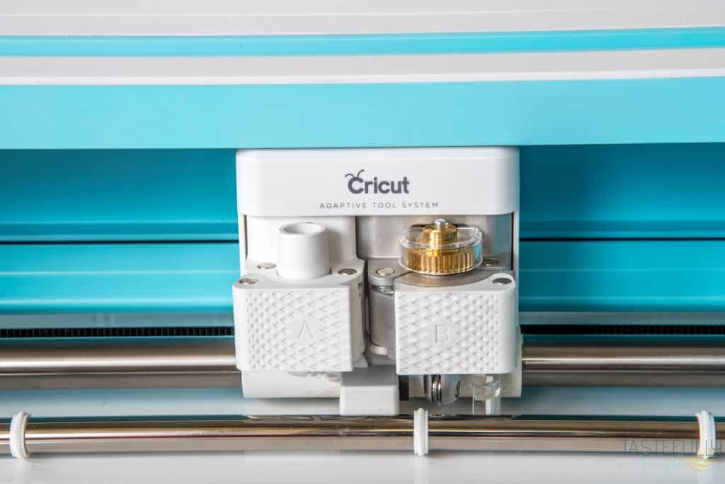 Everything you need to know about the Cricut Scoring Wheel and how it works! #ad # Cricut