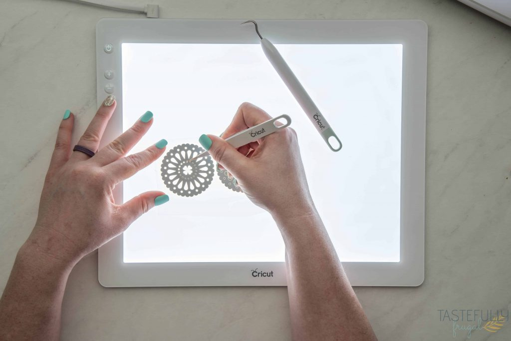 Learn how the Cricut BrightPad makes your projects easier with this step by step tutorial. #ad