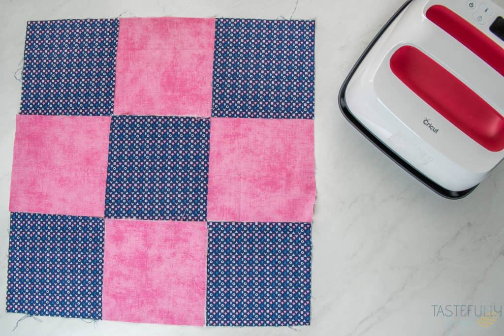 Learn how to use EPP in Cricut Design Space and create this quilt pillow in less than an hour! #ad