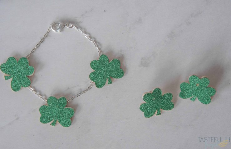 St Patrick's Day Jewelry with Cricut