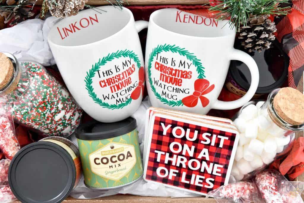 Create a gift basket for anyone who loves Christmas Movies with Cricut! #ad #cricutcreated